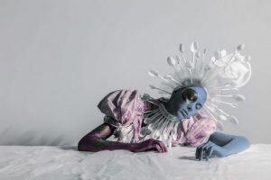 عکس هایی از دوخت لباس های مدرن با وسایل دور ریختنی