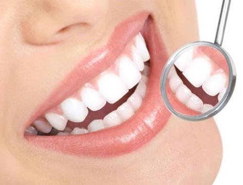 با این روش های طبیعی دندان های سفیدی داشته باشید!!