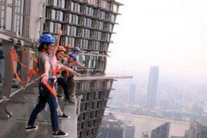 عکس گرفتن باورنکردنی بالای ساختمان 88 طبقه