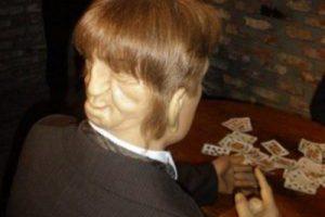 ادوارد مردی با دو چهره ی متفاوت و باورنکردنی (عکس)