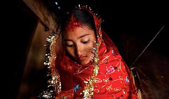 این دختر شش ساله به زور عروس شد! +عکس