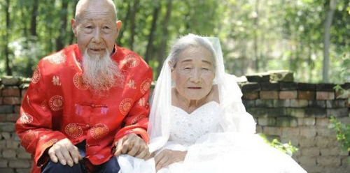 سالگرد ازدواج این زوج 100 ساله عاشق (عکس)