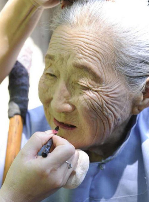 سالگرد ازدواج این زوج 100 ساله عاشق (عکس)  سالگرد ازدواج این زوج ۱۰۰ ساله عاشق (عکس) 147005821771219 irannaz com
