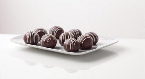 طرز تهیه شکلات توپی خوشمزه