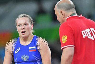 تنبیه زشت ورزشکار زن توسط مربی اش در المپیک (عکس)