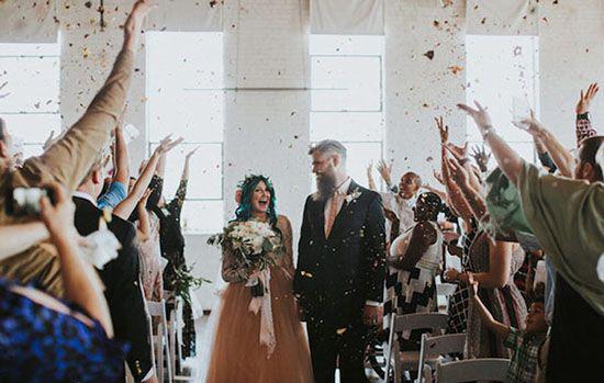 معجزه ی باورنکردنی در روز عروسی این دختر همه شوک کرد (عکس)  معجزه ی باورنکردنی در روز عروسی این دختر همه شوک کرد (عکس) 147220673190383 irannaz com