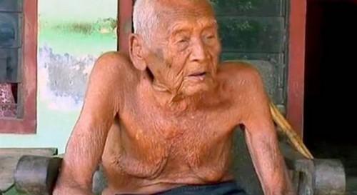 با پیرترین انسان جهان آشنا شوید (عکس)