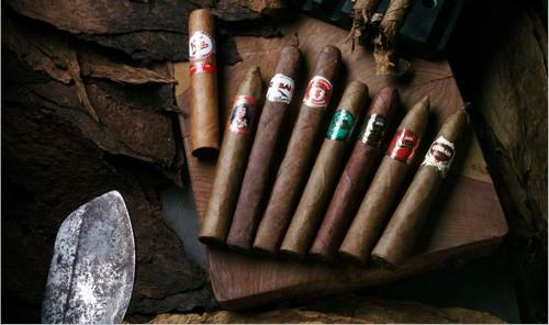 عکس های دیدنی از گرانقیمت ترین سیگار جهان  عکس های دیدنی از گرانقیمت ترین سیگار جهان 14724741098511 irannaz com