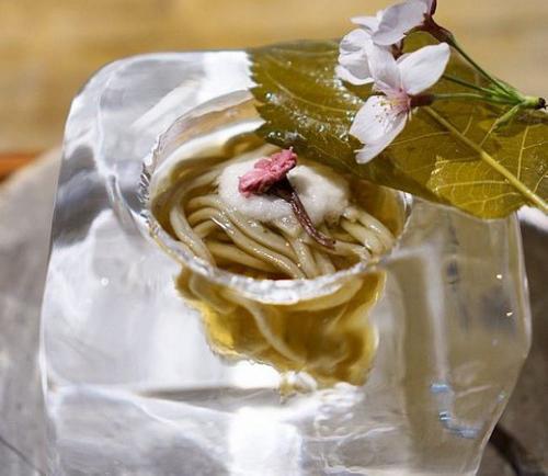عکس هایی از زیباترین ظرف های غذا رستوران در ژاپن