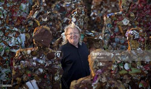 ساخته شدن 1000 انسان با استفاده از زباله (عکس)