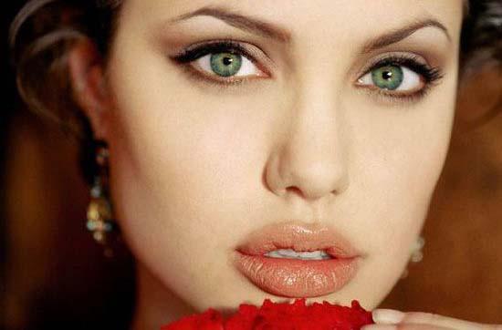 زیباترین چشمها در میان بازیگران زن هالیوودی  زیباترین چشمها در میان بازیگران زن هالیوودی 1761655388 irannaz com