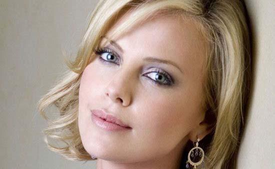 زیباترین چشمها در میان بازیگران زن هالیوودی  زیباترین چشمها در میان بازیگران زن هالیوودی 1784338207 irannaz com