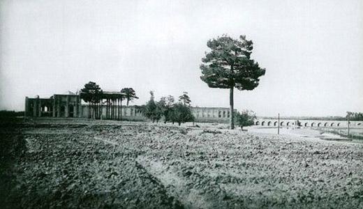 شهر تاریخی و زیبای اصفهان در گذر زمان (عکس)