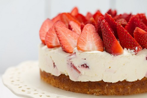 مواد لازم برای تهیه کردن چیز کیک ساده