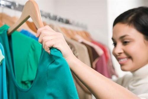 چگونه لباس متناسب و زیبا پیدا کنیم؟