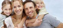 محبت کردن به پدر و مادر همراه با فواید آن