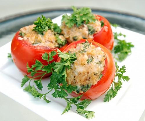 نحوه ی درست کردن دلمه گوجه فرنگی
