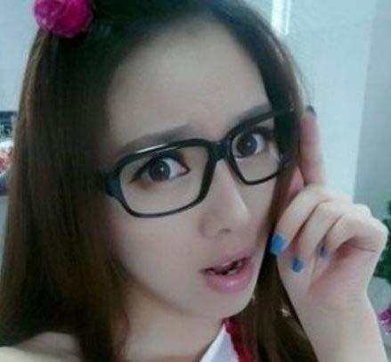 انتخاب جذاب ترین معلم زن در چین (عکس)  انتخاب جذاب ترین معلم زن در چین (عکس) 147309793857354 irannaz com