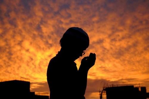 گفته های علم پزشکی درباره ی تاثیر نماز بر بدن