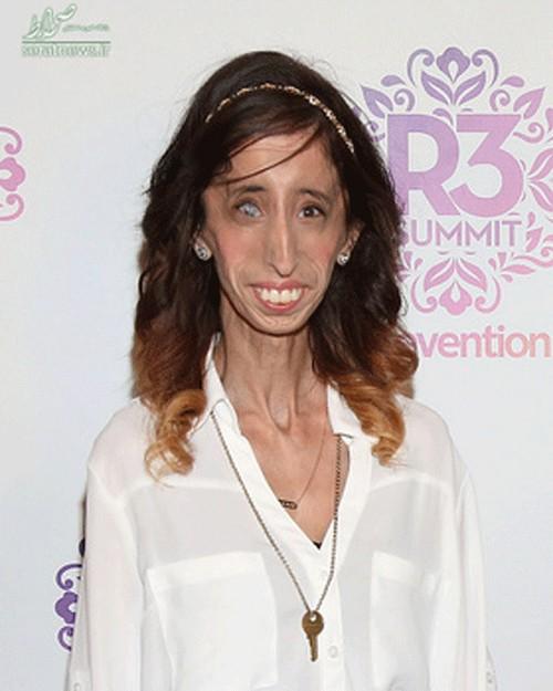 این دختر جوان دارای متفاوت ترین اندام دنیا است (عکس)