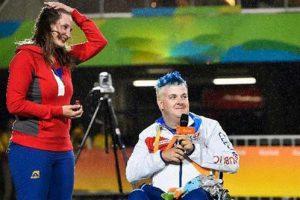 خواستگاری باورنکردنی ورزشکار معروف در المپیک 2016 (عکس)