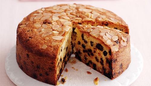چگونه کیک میوه ای بدون شکر درست کنیم؟
