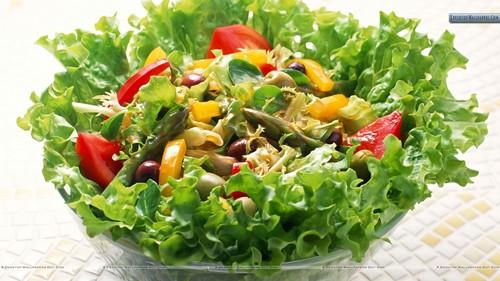 طرز تهیه سالاد با سبزی های کبابی