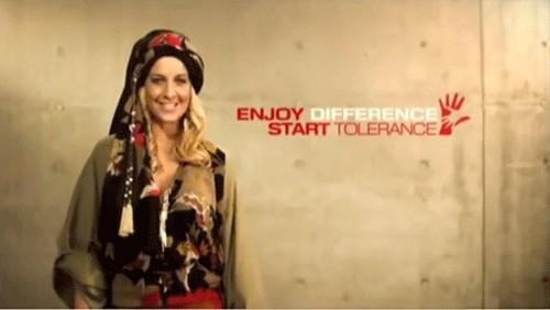تبلیغ حجاب با این خانم آلمانی همه را شوکه کرد (عکس)