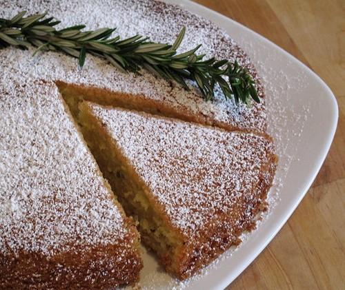 نحوه ی درست کردن کیک رزماری
