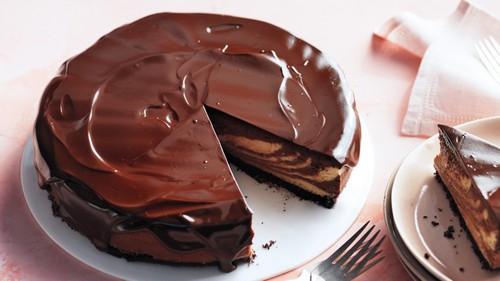 نحوه ی درست کردن چیزکیک شکلاتی