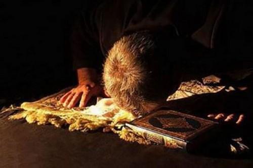 نماز حاجت را چگونه باید خواند؟!