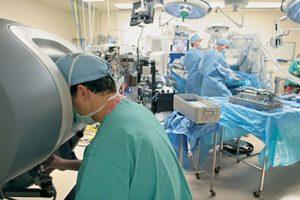 آیا رباتیک نقش مهمی در پزشکی دارد؟