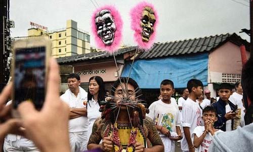 عکس هایی از جشنواره عجیب و ترسناک گیاه خواران