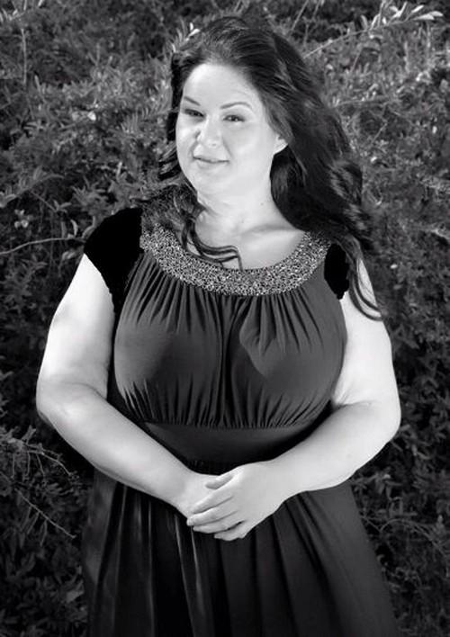 کاهش وزن 400 کیلویی این خانم زیبا (عکس)