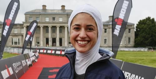 حضور جنجالی دختر ایرانی در رقابت سه گانه (عکس)