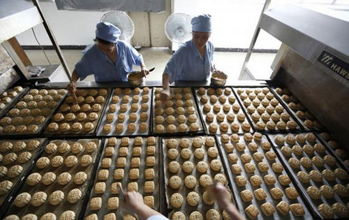 عکس های باورنکردنی از کارخانه مواد غذایی چین