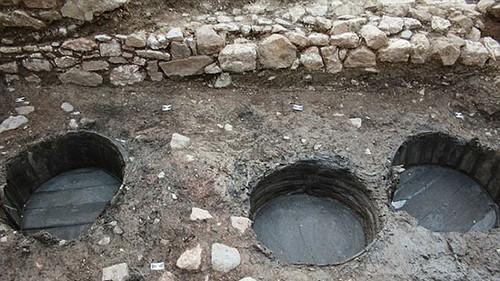 عکس هایی از قدیمی ترین دمپایی دنیا