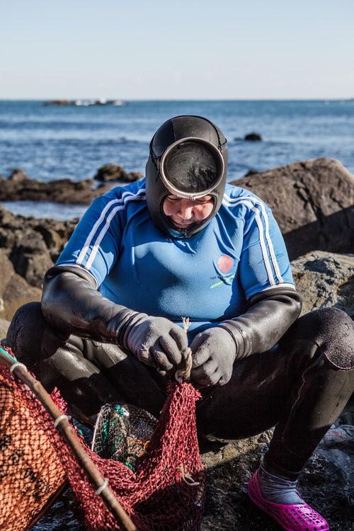 عکس های هیجان انگیز از غواصی زنان 70 ساله