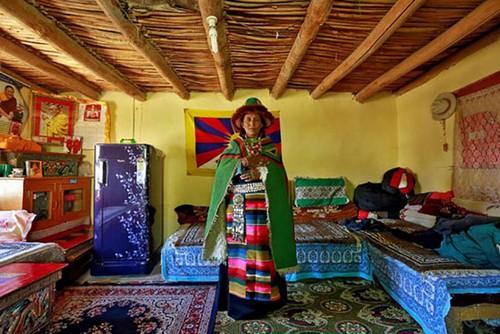 زندگی بسیار سخت این افراد در هیمالیا (عکس)