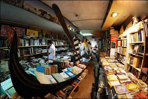 عکس های دیدنی از کتابخانه ی جالب در ونیز