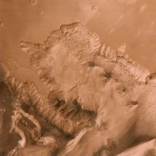 نشانه های حیات در کره ی مریخ (عکس)