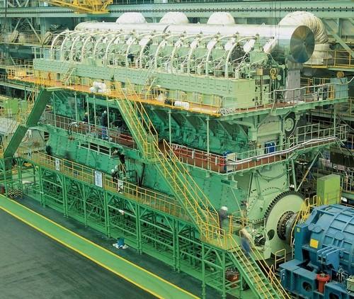 این موتور سنگین ترین موتور دیزل دنیا است (عکس)