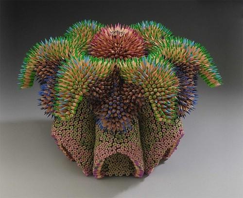 عکس هایی از مجسمه های مدادی شبیه به خارپشت