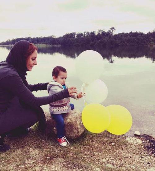 عکسی از دلتنگی مهناز افشار و دخترش لیانا