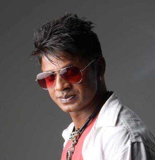 دو بازیگر مشهور هندی در رودخانه غرق شدند +عکس