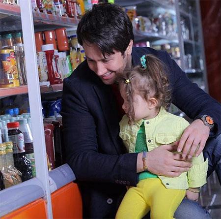 تصاویر شاهرخ استخری و دختر زیبایش پناه