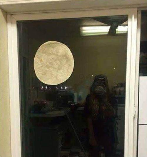 تصاویر بزرگترین حالت ماه یا سوپر مون در ایران و آمریکا