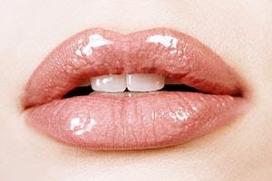 روش طبیعی برجسته کردن لبها بدون تزریق ژل