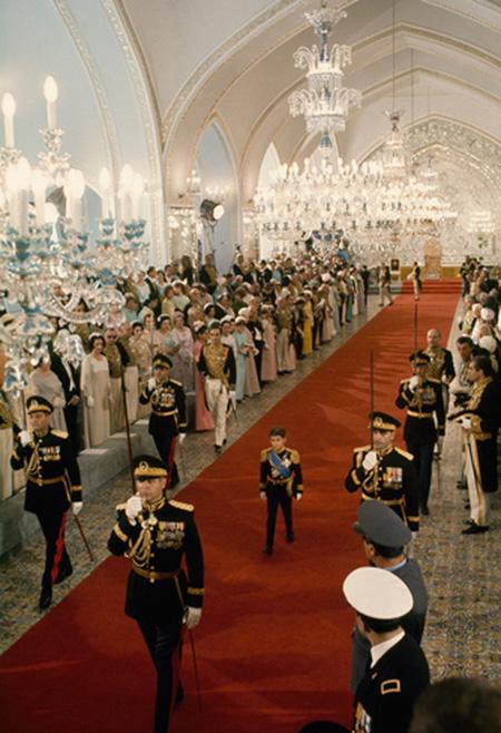 تصاویر تاج گذاری محمدرضا شاه توسط عکاس آمریکایی