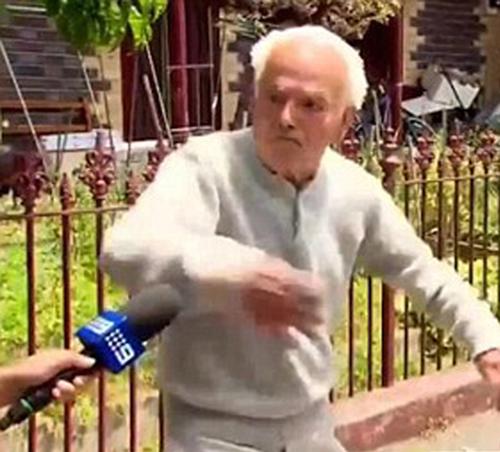 قتل همسایه با عصا توسط پیرمرد 90 ساله +تصاویر